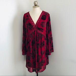 Entro burnout velvet bell sleeve boho dress red